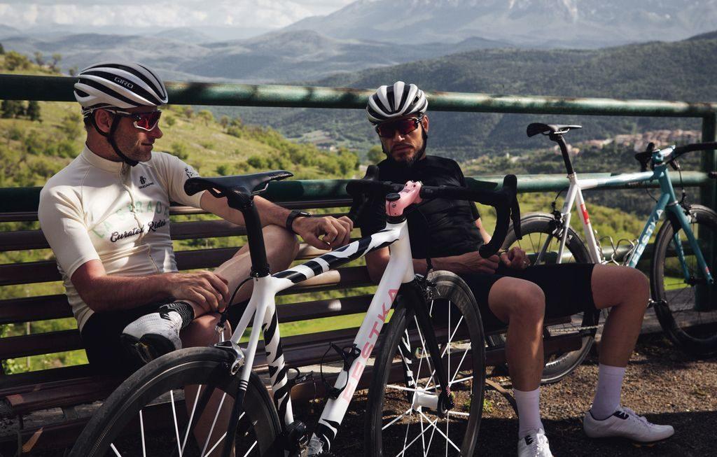 Nedostatek jízdních kol trvá už rok | Sportbiz